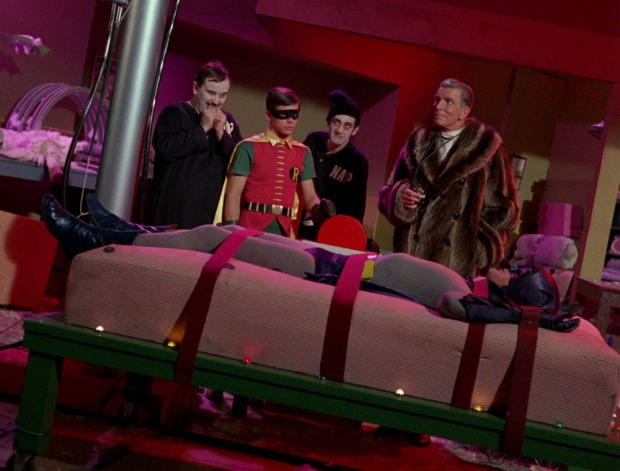 Batman auf der Matratze des Todes
