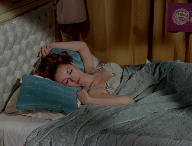 Catwoman als Sleeping Beauty