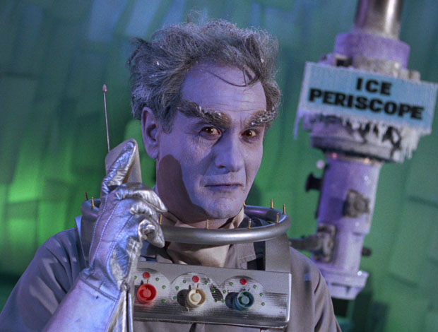 Eli Wallach als Mister Freeze