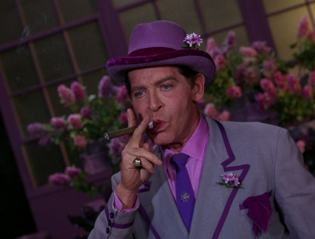 Milton Berle als Louie, the Lilac