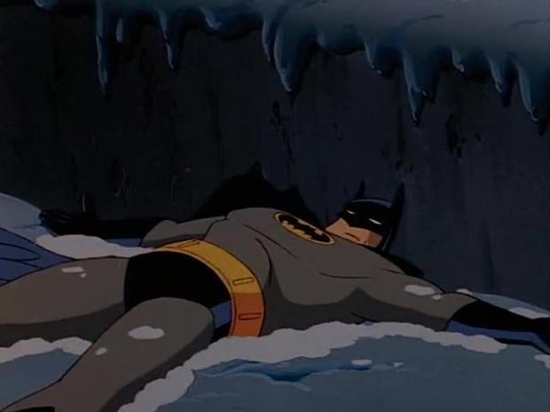 Batman liegt im Schnee